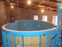 Монтаж пластикового бассейна с переливом